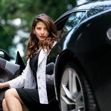 Aston Martin DBS V12 | 車真